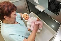 Babyboxy zachránily v České republice už 86 novorozenců, tři z nich v Libereckém kraji. Snímek je z Prostějova, kde je babybox od letošního dubna.