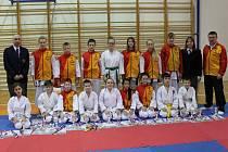 Karatisté SSC Česká Lípa získali v Ústí úctyhodných osmadvacet cenných kovů, z toho dvanáct zlatých.