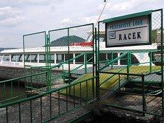 Lodě Radec, Máj, Hynek a Jarmila svezou první turisty nejdřív v červenci.