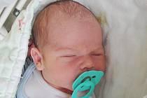 Rodičům Michale Zupkové a Markovi Drahoňovskému z Nového Boru se v neděli 5. června ve 14:20 hodin narodil syn Marek Drahoňovský. Měřil 52 cm a vážil 3,87 kg.