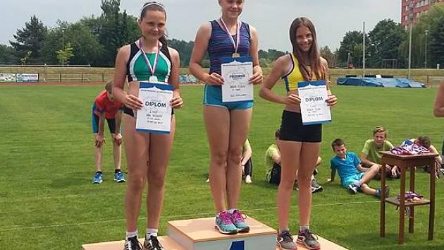 Dominika Širlová získala v soutěži koulařek bronz.