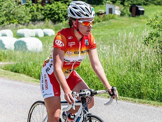 Nikol Pekárková z klubu MS AUTO zvítězila v kategorii dívek 15 - 18 let.
