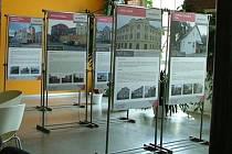Putovní výstava fotografií brownfields renovovaných v Libereckém kraji pokračuje v Doksech.