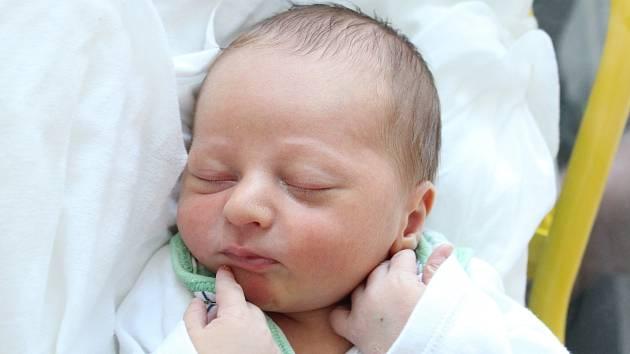 Rodičům Zdeňce Kubešové a Lukáši Kadlecovi z České Lípy se v pondělí 13. ledna v 8:51 hodin narodil syn Roman Kadlec. Měřil 48 cm a vážil 3,57 kg.