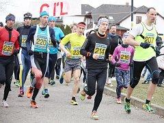 Jarní běh sídlištěm Západ v Novém Boru zahájí letošní Okresní běžeckou ligu.