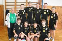 Družstvo starších žáků českolipské Lokomotivy.