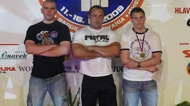Pavel Vacek, Dan Dvořák a Vojta Marhoul reprezentovali novoborský klub na prestižních závodech.