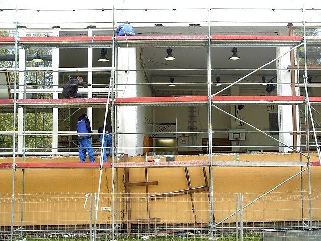 Práce na rekonstrukci začaly už o prázdninách.