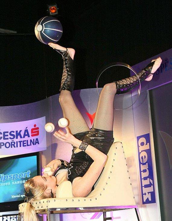 Deník ocenil nejúspěšnější sportovce uplynulého roku. Své žonglérské umění předvedla Marta.