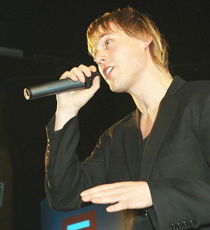 Deník ocenil nejúspěšnější sportovce uplynulého roku. Přítomným zazpíval objev české hudební scény David Deyl.