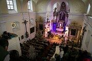 V nedělní podvečer 24. září rozezněl kostel Narození sv. Jana Křtitele v Kamenickém Šenově Hradišťan se svým primášem Jiřím Pavlicou.