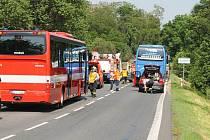 Dopravní nehoda, při které zemřel řidič osobního vozu, se stala v neděli v Blahoticích na Kladensku.
