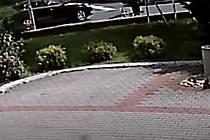 Řidič na přechodu v České Lípě porazil chlapce na kole