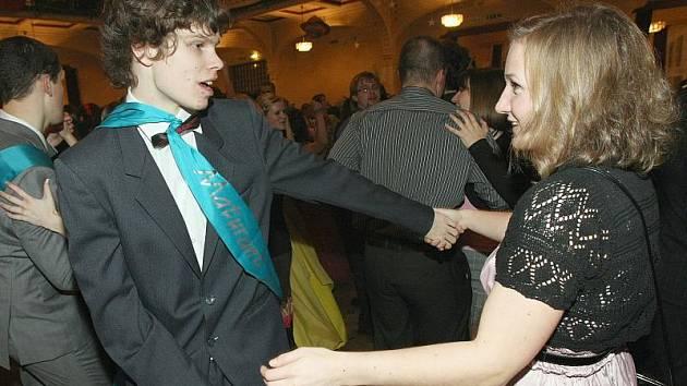 Maturitní ples děčínského gymnázia