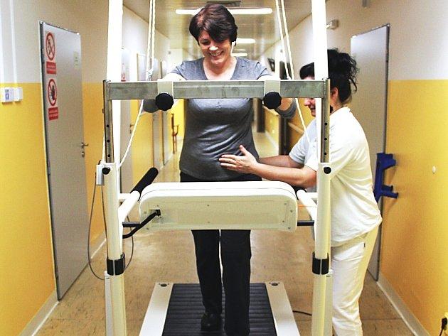 Trenažér chůze pomůže pacientům zlepšit pohyblivost a kondici.