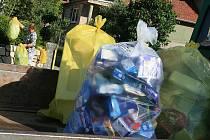 Třídící pytle na odpadky. Ilustrační foto.