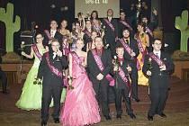 Studenti čtvrtých ročníků českolipské Střední průmyslové školy se v sobotu 30. ledna 2010 bavili na svém maturitním plese v hotelu Merkur v České Lípě. Pro šerpy si šli studenti 4. A (technické lyceum) a 4. D (strojní administrativa) .
