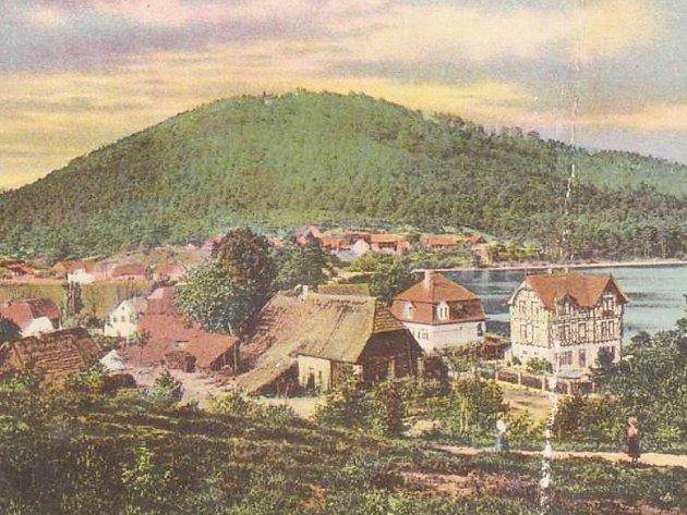 Staré Splavy na historických pohlednicích.