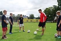 Fotbalového kempu v České Lípě se zúčastnila dvacítka hráčů od mladších žáků po dorostence.