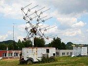 Na vysílání povelů pro magiony se v Panské Vsi používaly antény namontované na mechaniku vojenského radaru SON 9A.