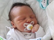 Rodičům Miloslavě Čepelové a Miroslavu Jelenovi z Božíkova se v úterý 10. října v 8:45 hodin narodil syn Patrik Jelen. Měřil 48 cm a vážil 3,69 kg.