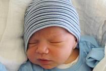 Mamince Monice Kredbové z Ploužnice se v sobotu 19. prosince ve 2:15 hodin narodil syn Sebastian Kredba. Měřil 51 cm a vážil 3,59 kg.
