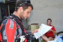 Loni bojovalo u Máchova jezera pět týmů. Letos čítá startovní listina už téměř třicet družstev.