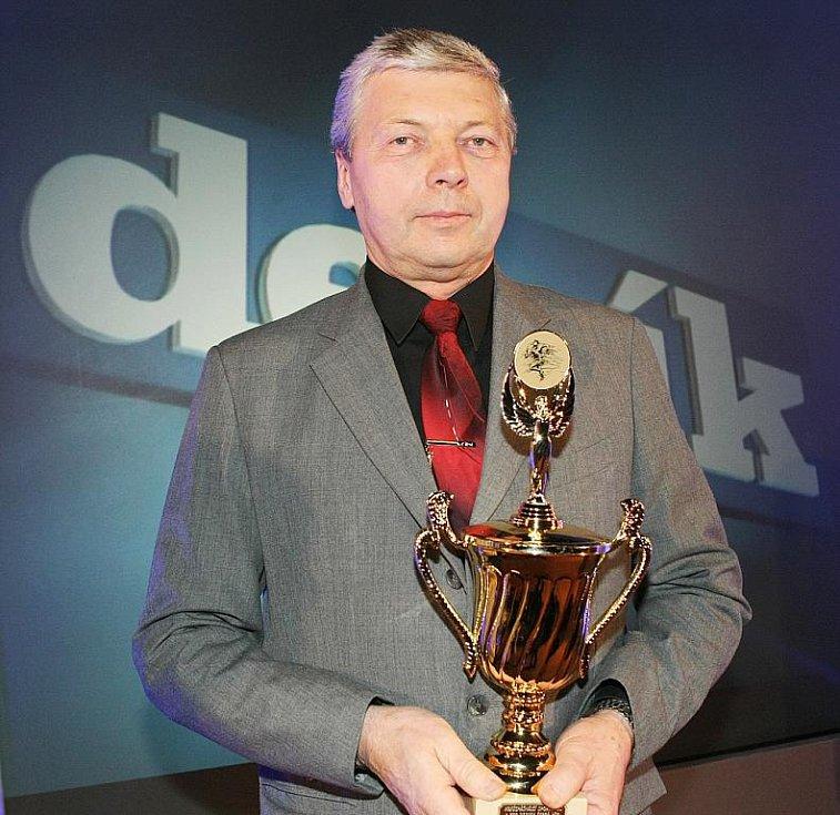 Deník ocenil nejúspěšnější sportovce uplynulého roku. Nejlepším trenérem je Stanislav Stupka ze střeleckého klubu SSK Manušice.