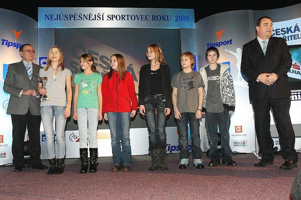 Deník ocenil nejúspěšnější sportovce uplynulého roku. Mladí sportovní lezci z Jiskry Nový Bor skončili mezi kolektivy mládeže druzí.