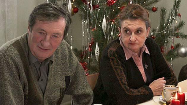 Ve filmu Cesta do lesa uvidíte také Evu Holubovou a Bolka Polívku.