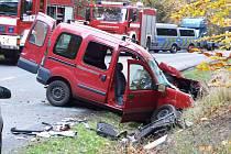 K vážné nehodě došlo ve čtvrtek odpoledne nedaleko Bezdězu.