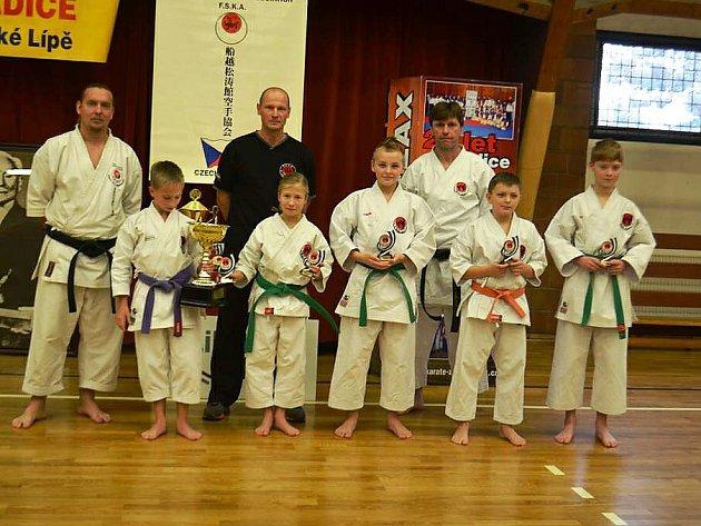 Sport Relax pořádal seminář s názvem Karate nás baví.