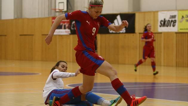 Denisa Skálová patřila v utkání ČR - Rusko (2:6) k nejlepším hráčkám českého výběru.