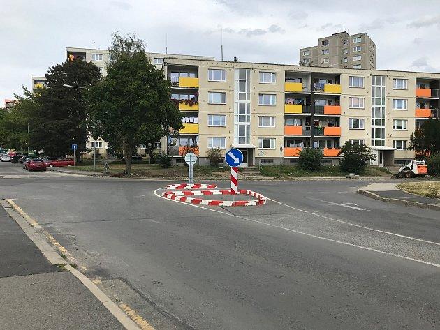 Přechod na křižovatce vČeské Lípě.