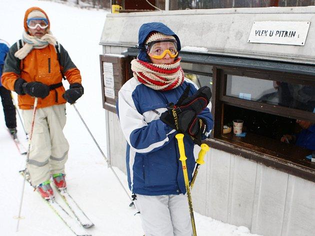 Sjezdovku v Horní Světlé využívali lyžaři pravidelně.