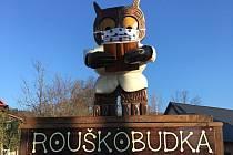 Rouškobudka v obci Polevsko