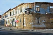 Ilustrační foto - ruina Kounicova domu v centru České Lípy