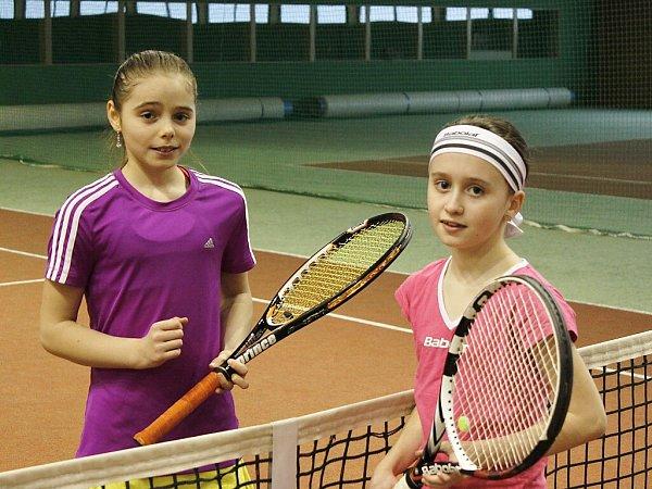 Finalistky dvouhry - teplická Angelika Abrahamová a domácí Kateřina Čechová.