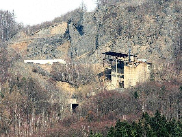 Spor o těžbu na Tlustci trvá od počátku 90. let minulého století.