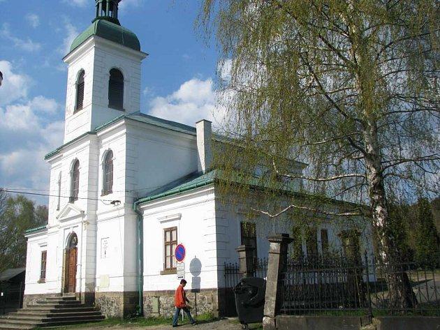 Opravený kostel Svatého Ducha v Novém Boru