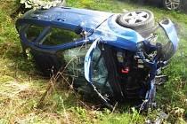 Při nedělní havárii na silnici mezi Borem a Práchní se zranilo několik lidí.