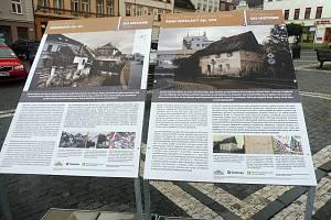 Ve středu 8. července uspořádal Vlastivědný spolek ve spolupráci směstem Česká Lípa   vernisáž venkovní výstavy Zrcadla do historie – Místa ztracená po celoměstském požáru 1820.