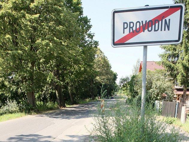 Obec Provodín se chce od září letošního roku stát zřizovatelem vlastní školy.