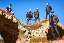 Nové album Body & Soul pokřtí kanadská kapela The Lipliners v čele se zpěvačkou Ronley Teper.
