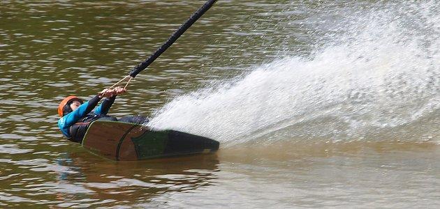 Vsobotu se vDubici řádilo ve vzduchu ina vodě.