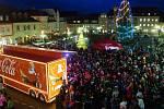 Česká Lípa velkolepě přivítala vánoční Coca-Cola kamion.