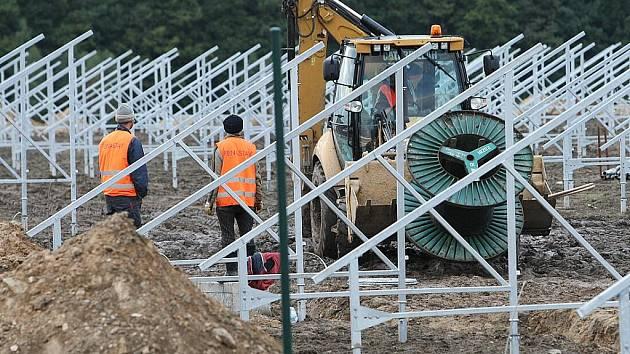 Na území Ralska vyrostou další solární elektrárny.