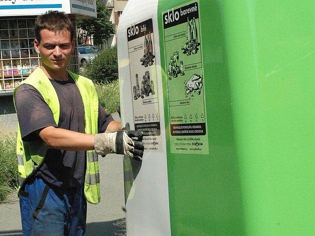 Barevné kontejnery na tříděný odpad jsou v dnešní době  součástí všech měst a obcí. Jejich obyvatelům jde separování odpadů dobře, což dokazuje i řada ocenění a uznání.