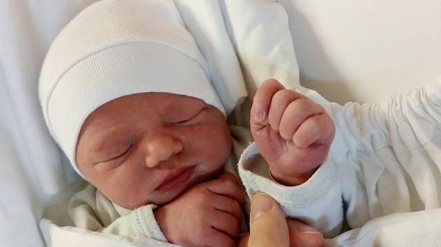 Rodičům Michaele a Jakubovi Steklým z Žibřidic se ve středu 30. září v 17:43 hodin narodila dcera Daniela Steklá. Měřila 49 cm a vážila 3,09 kg.