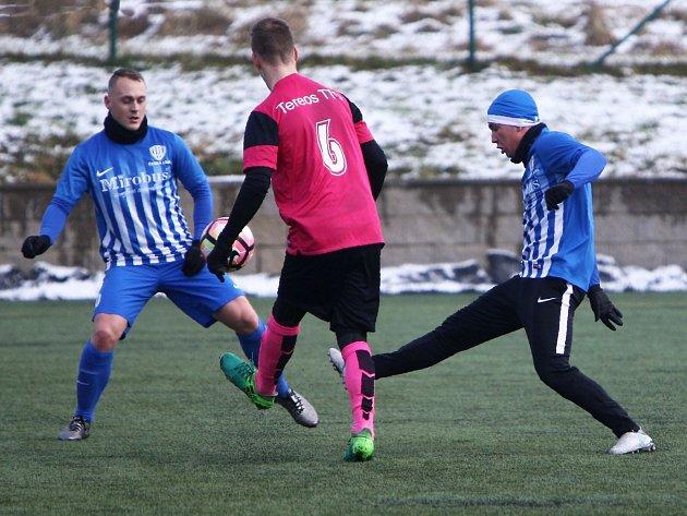 FK Dobrovice - Arsenal Česká Lípa 3:0 (1:0).